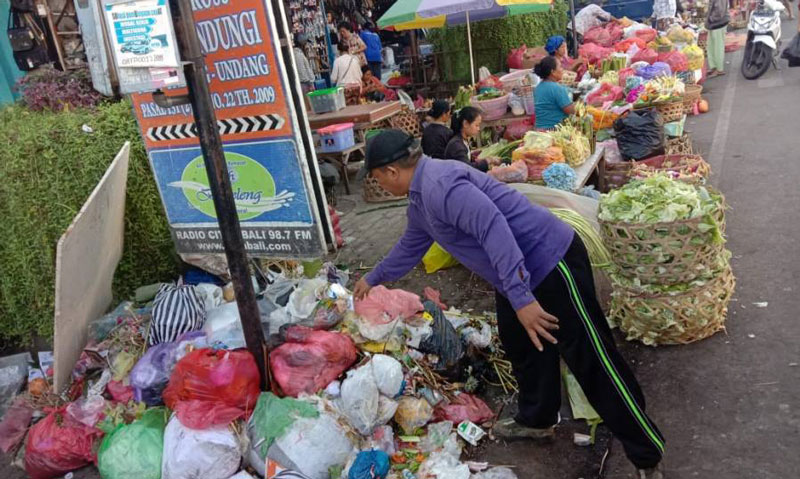 Bali will regulate single use plastic at traditional markets